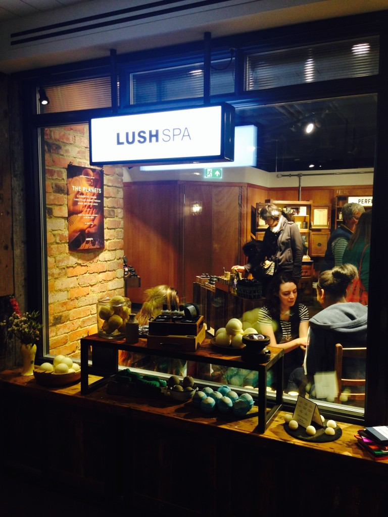 Lush Spa The Planets Treatment - LUSH SPA