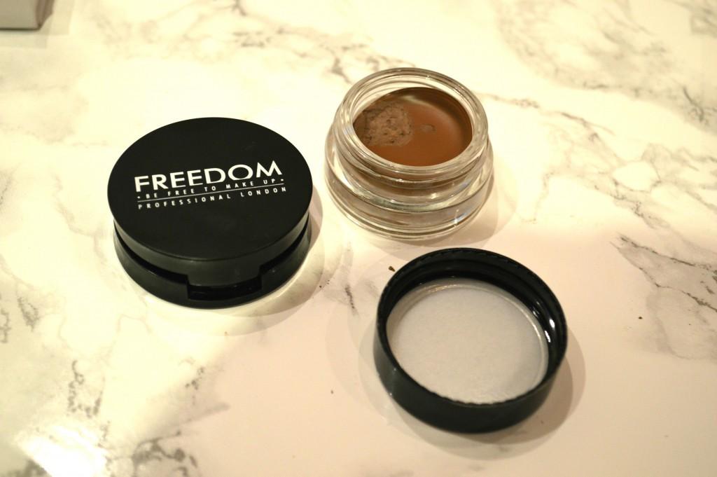 Freedom Eyebrow Set