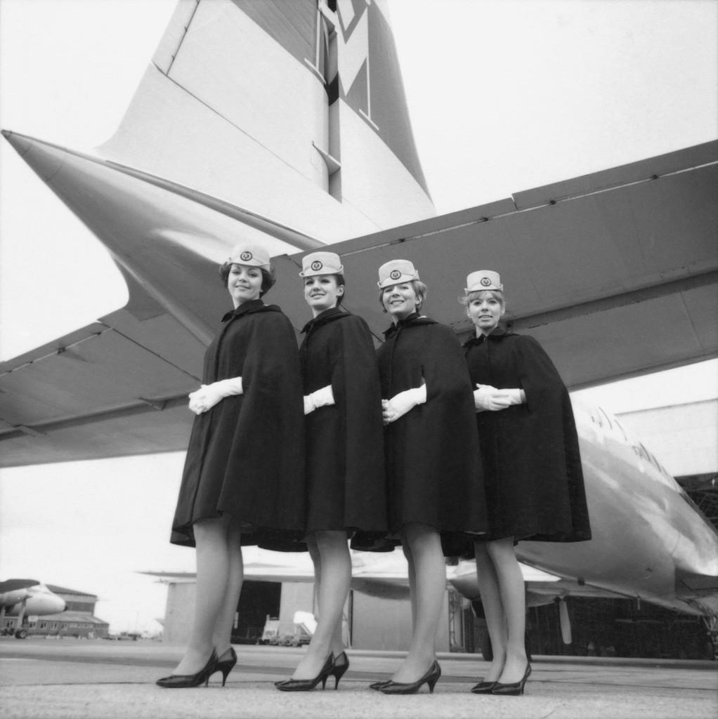 Uniform_1968_cape_01