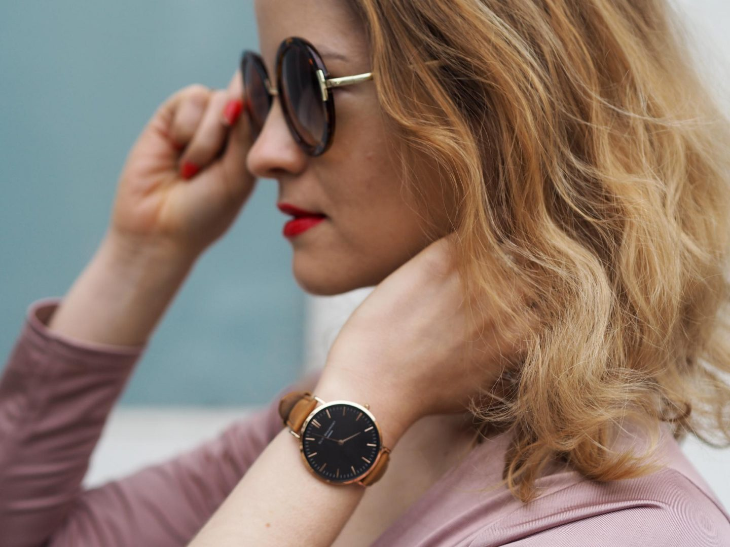 Elie Beaumont Oxford Large Watch with Topshop Sunglasses