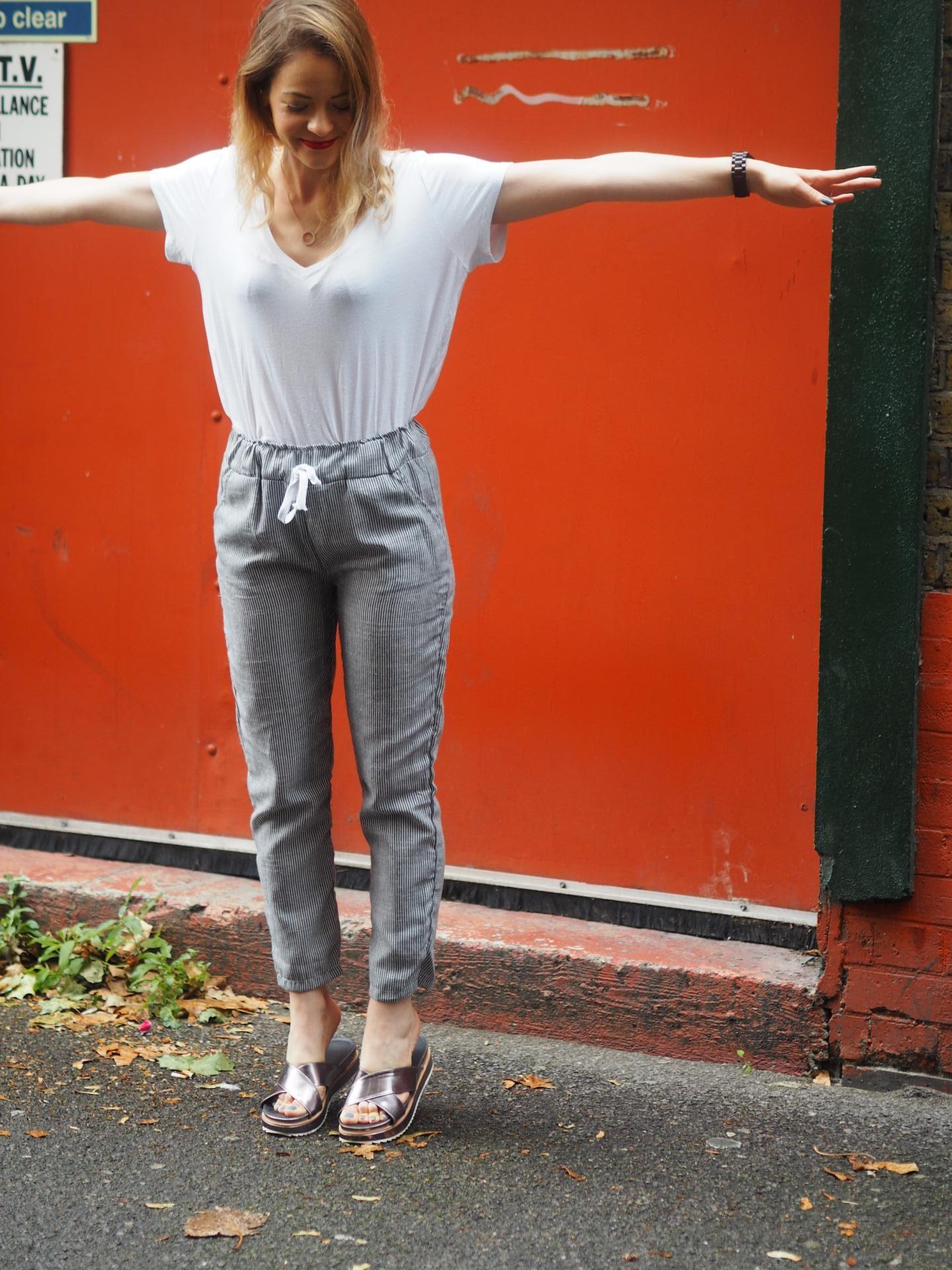 Set Trendz Pajama Pants with Boohoo Metallic Slides