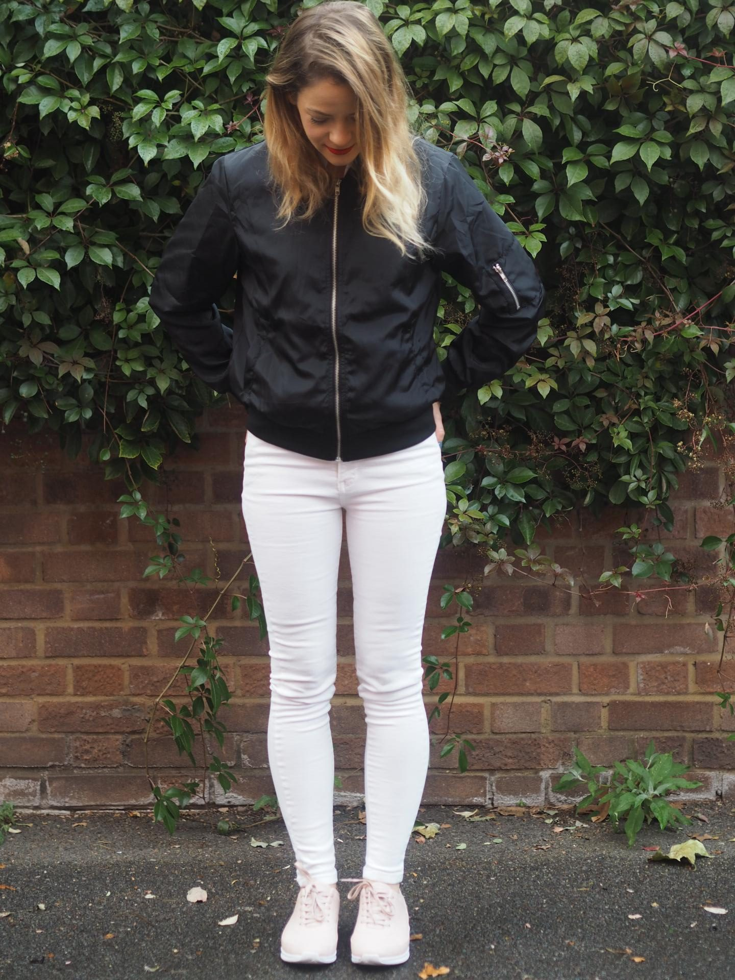 Navy bomber jacket from Set Trendz with salmon pink Lacoste shoes