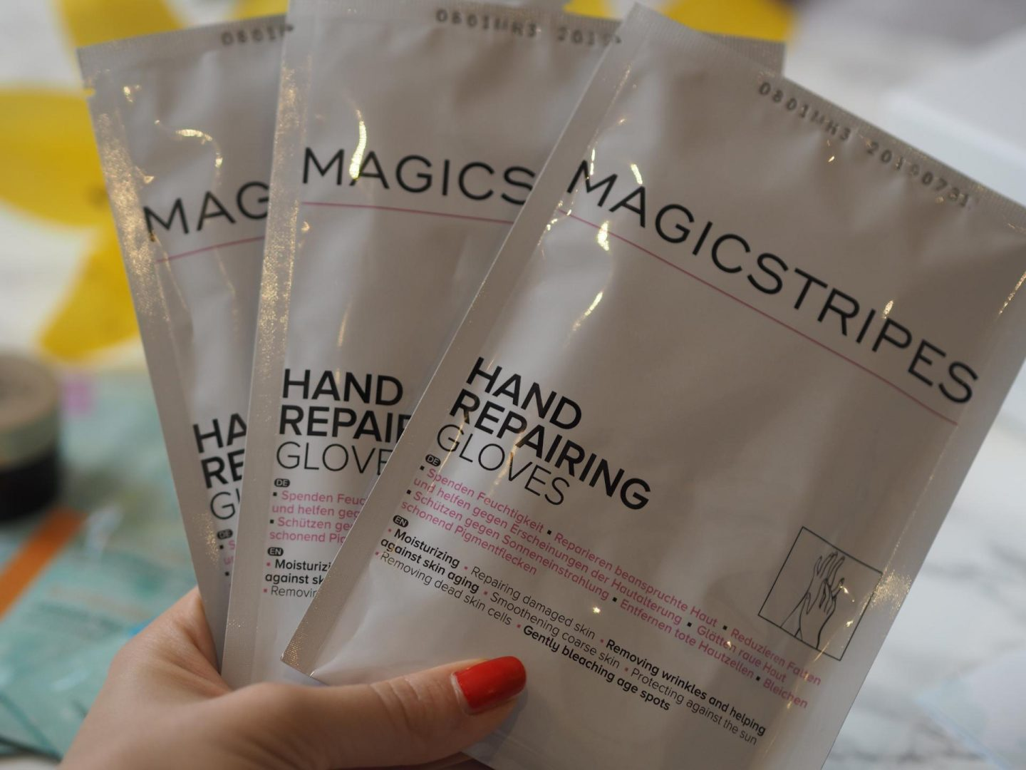 Magicstripes Magic Hands - Hand Repairing Gloves