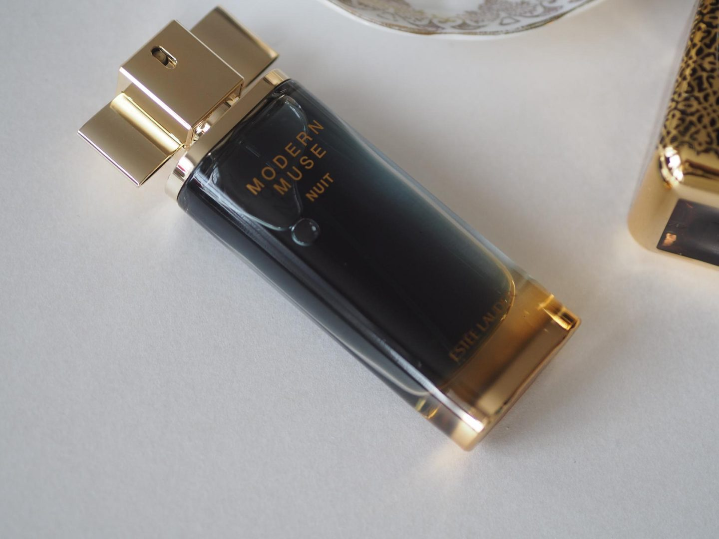 Valentine's Day gift ideas for her and Estee Lauder Modern Muse Nuit