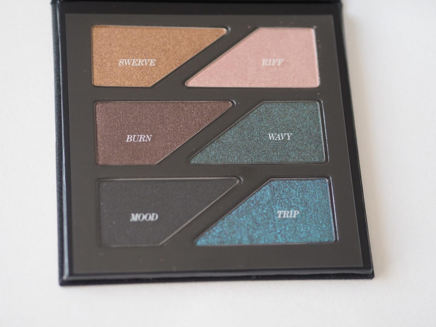 Estee Edit Gritty & Glow Magnetic Eye and Face Palettes