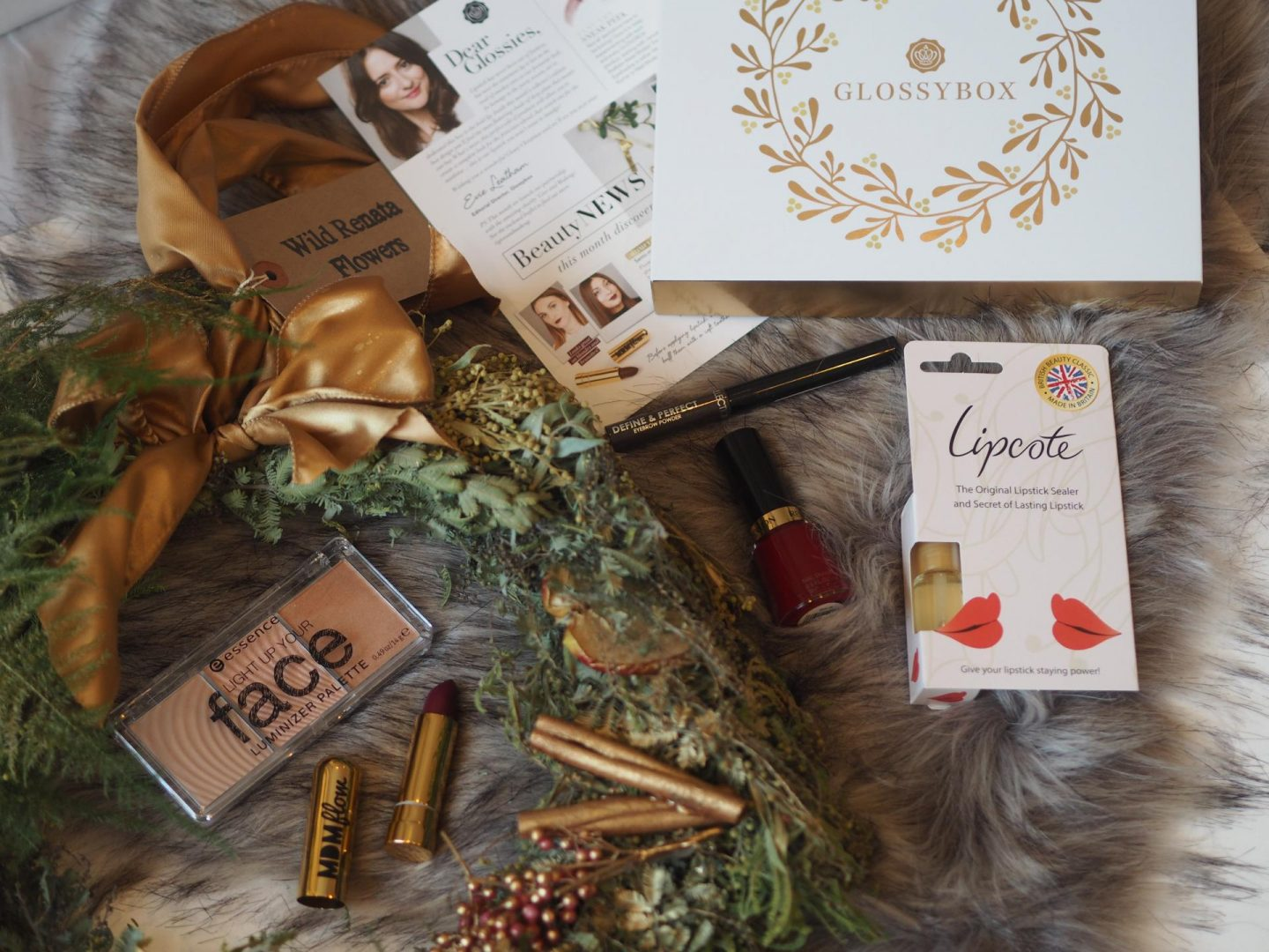 Glossybox Mistletoe Kisses Christmas box