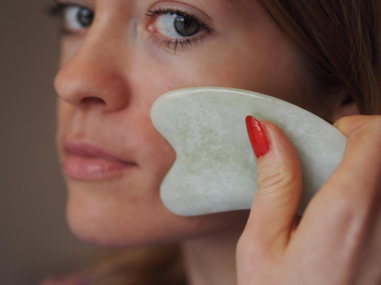New Year, New You: De-stressing with Gua Sha - Hayo'u Beauty Restorer and Chinese Medicine