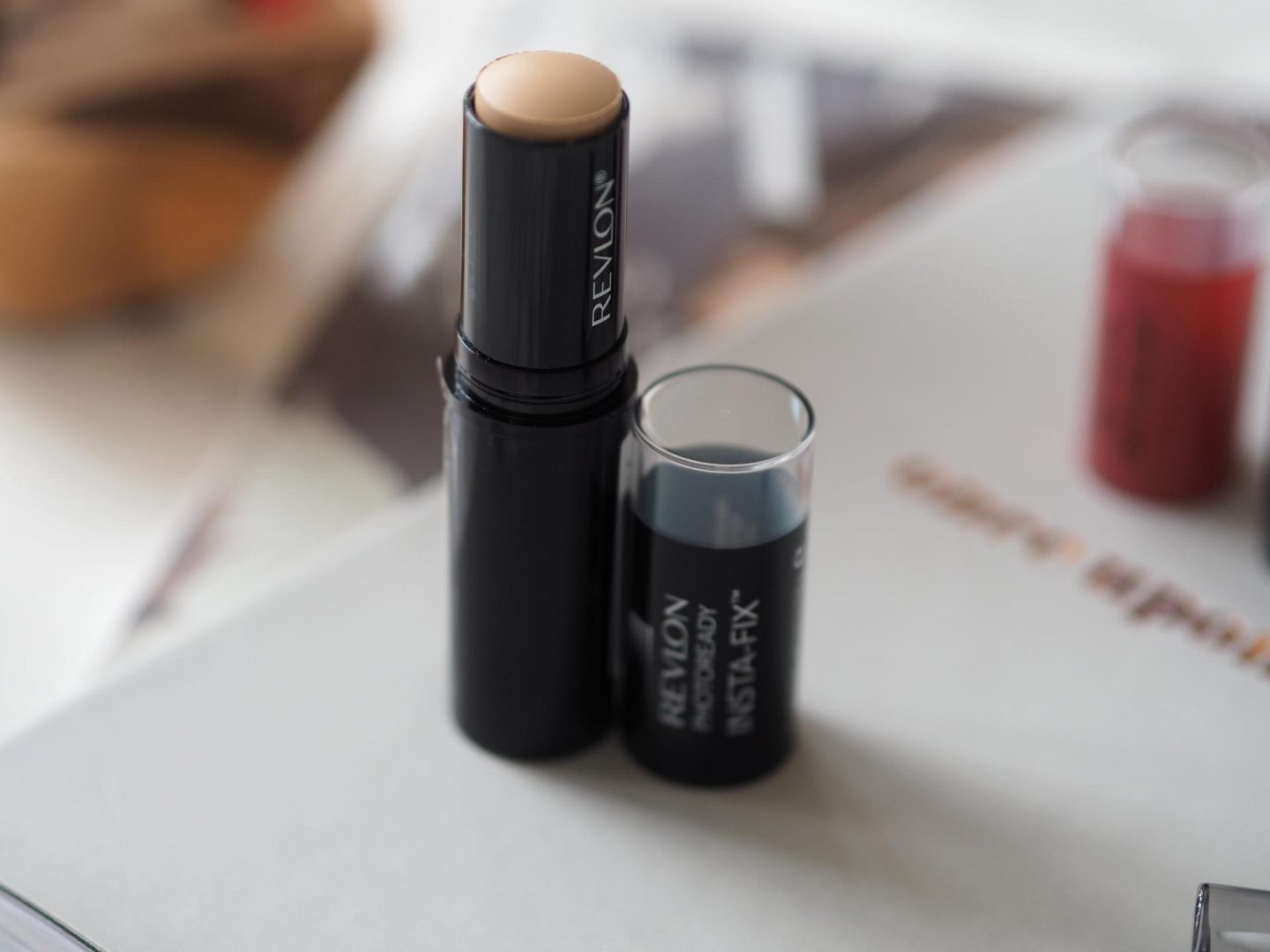 Revlon PhotoReady Insta-fix