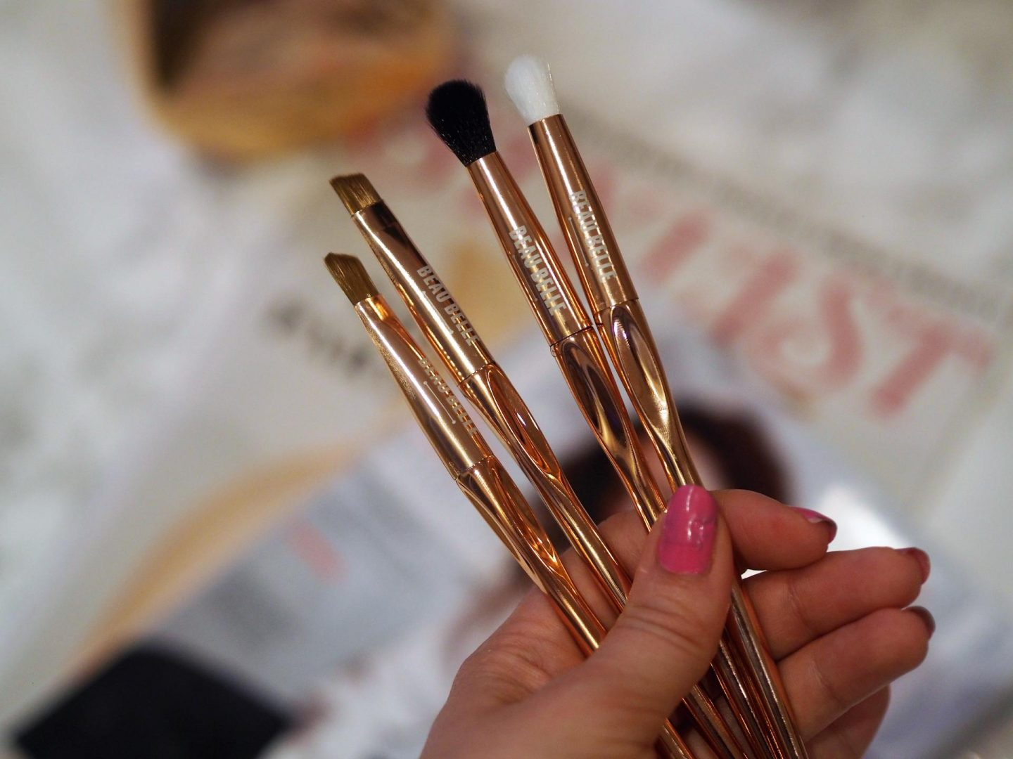 Beau Belle Professional Brush Set  and make-up brushes