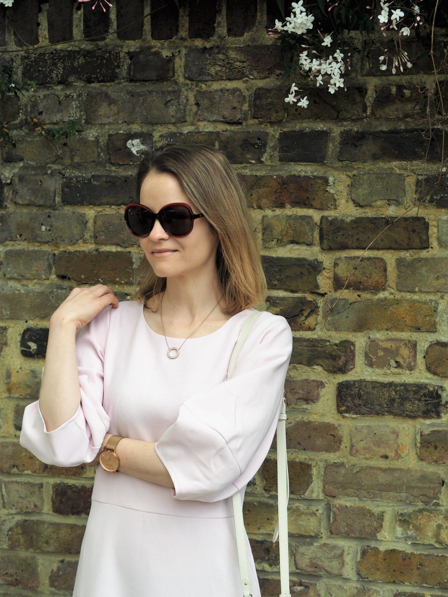Closet London Pale Pink Lantern Sleeve Pep Hem Dress