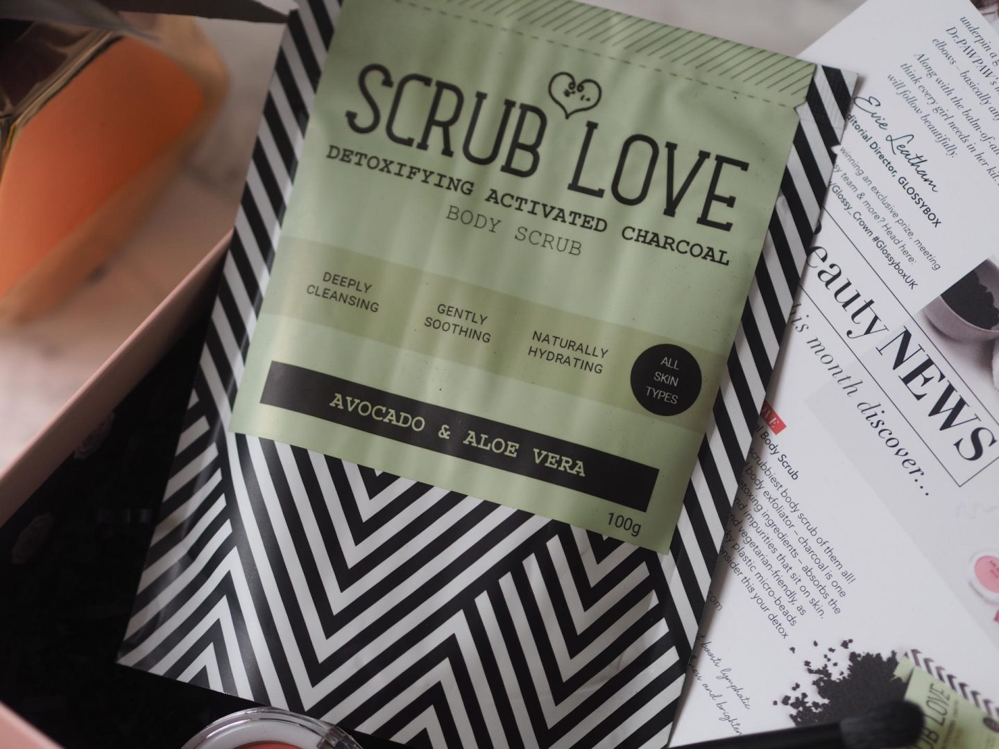 Scrub Love Active Charcoal Body Scrub