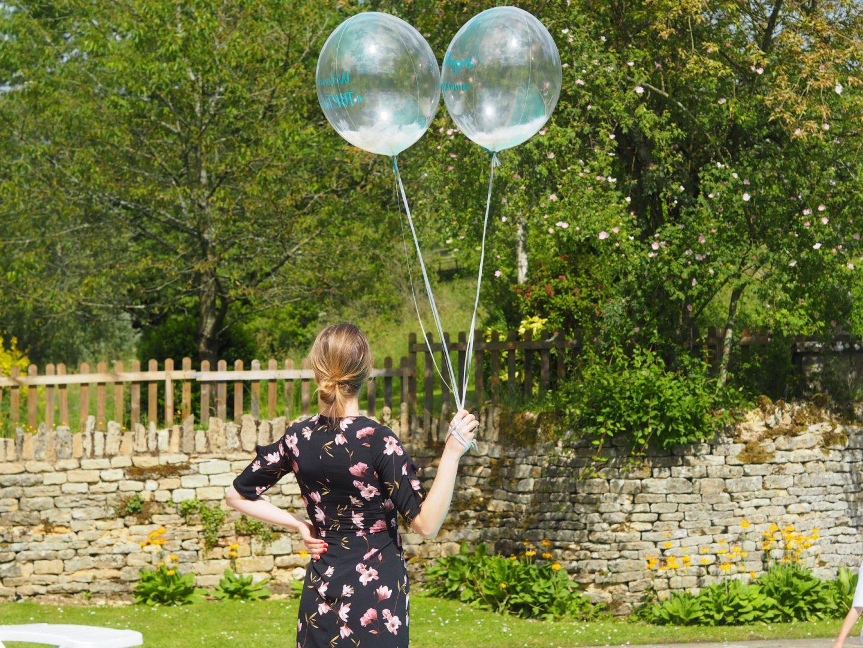 beautiful confetti bubble balloons from Pom Pom Studio.