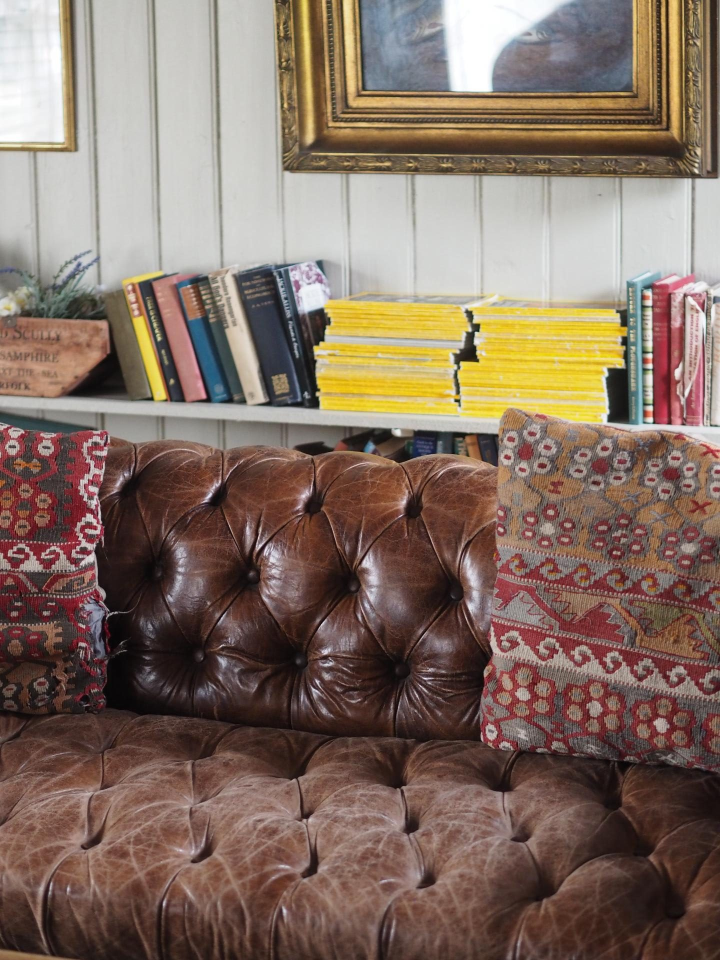Osea Island - Sofa, Books