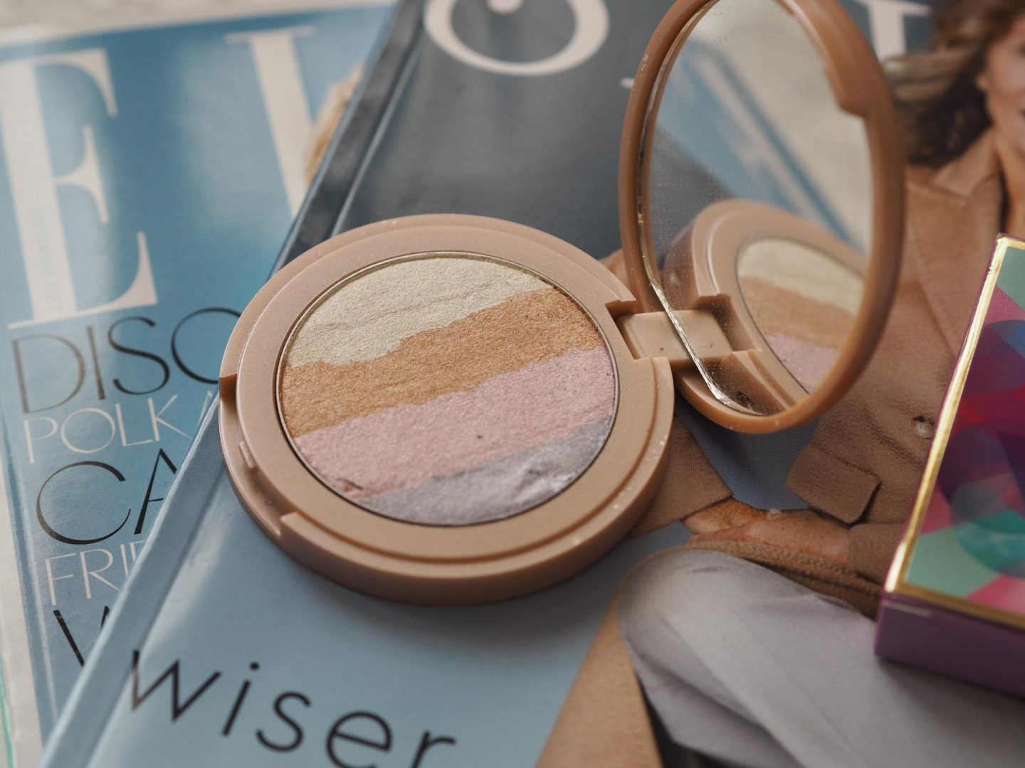 Top Luxe Make-up - Product: Tarte Rainbow Highlighter (Exclusive to QVC)