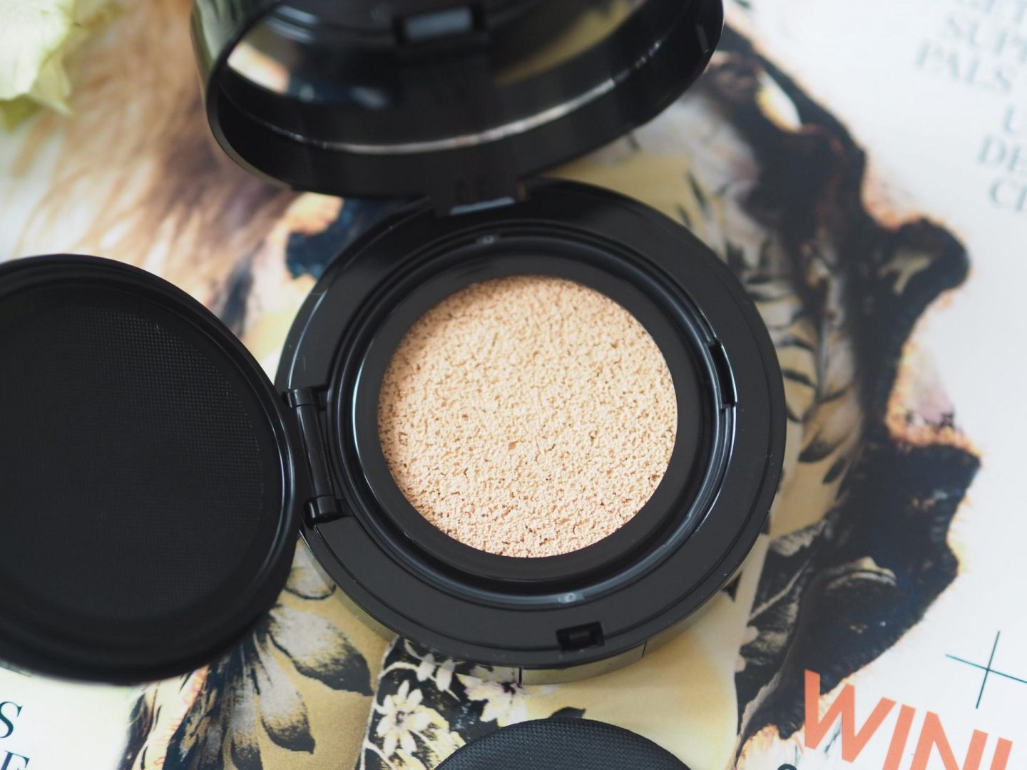 New Make-Up Products - Product: Lancôme Cushion Highlighter – Limited Edition Olympia le Tan
