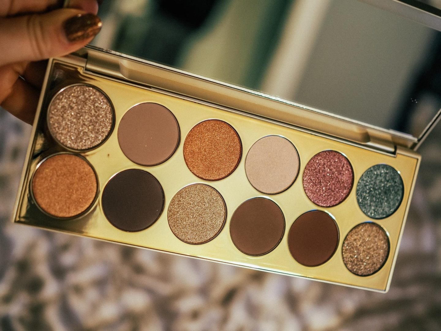 Stila After Hours Eye Shadow Palette