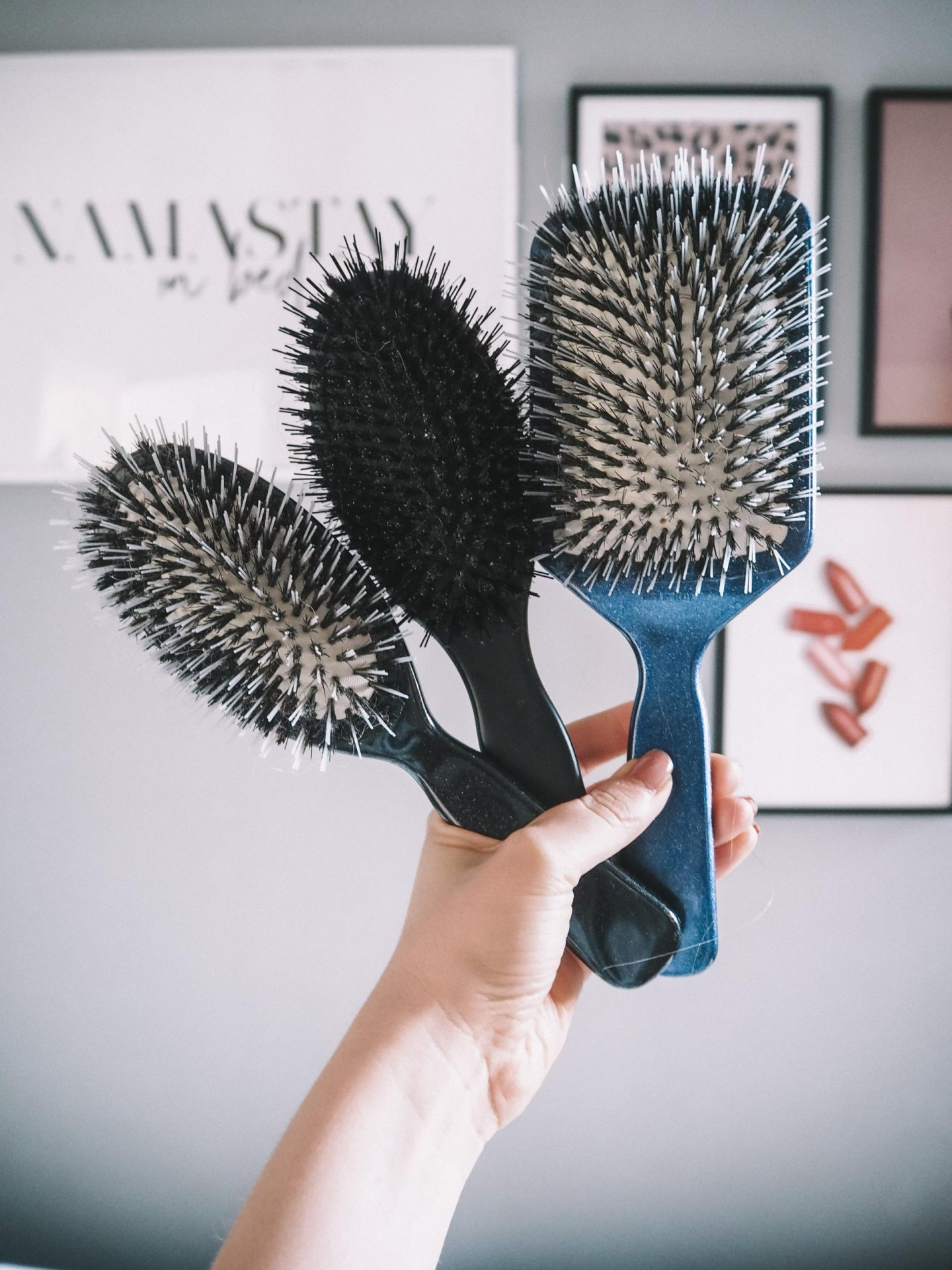 Great Lengths paddle brushes